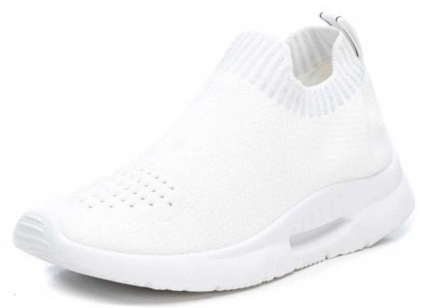 Super bequeme Sock Sneakers von Xti aus Spanien, weiß